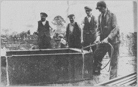 1914closure - Breaking wagons